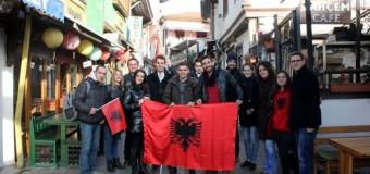 Studentët nga Ulqini festojnë 28 Nëntorin në Ankara (video)