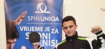 Jeton Osmani fitues i turneut parakualifikues për kampionatin botëror të ping pongut