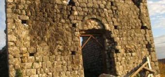 Rrezikon shembjen kisha Shën Gjonit në qytetin e vjetër të Shast (foto)
