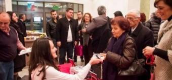 """Jaho Kollari çmon lart librin """"Përtej lajthitjes"""" të Flutur Mustafës"""