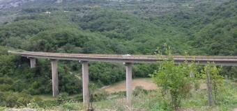 Ura e Kruçit, më e gjatë në bregdetin e Malit të Zi (foto)