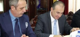 Turqit marrin tokën për 30 vjet me qira – Nënshkruhet kontrata për Akua parkun