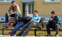 Shqetsuese: Anëtarësimi në parti, kusht lehtësues për punësim