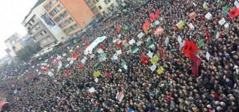 Protestë në Prishtinë – Kërkohet dorëheqja e Jabllanoviqit dhe shëndrrimi i Trepçës në pronë shtetrore
