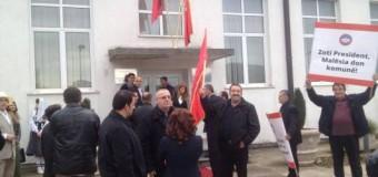 """""""Zoti President, Malësia don komunë"""" – Ja si pritet Nishani në Tuz (foto, video)"""