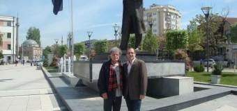 Mos t'i harrojmë miqtë që dhanë aq shumë për Kosovën!