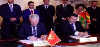 Shqipëria dhe Mali i Zi nënshkruajnë protokoll marrëveshje për bashkëpunim policor gjatë sezonit turistik (video)