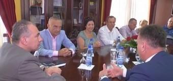 Takohen Meta dhe Gjeka – Vlerësim për Komunën e Ulqinit për forcim të marrëdhënieve midis Ulqinit edhe Shqipërisë (video)