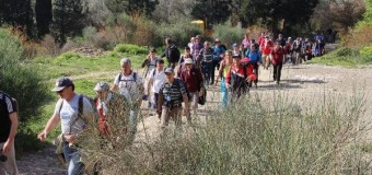 Mbi 80 bjeshkatarë kujtojnë të vrarët e Masakrës së Tivarit dhe përshkojnë rrugën e të mbijetuarëve të saj (foto)