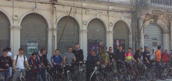 34 adhurues të çiklizmit, natyrës dhe shoqërisë vizitojnë Shkodrën pak më ndryshe se herave tjera (foto)