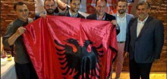 Dy yjet shqiptare, Lorik Cana dhe Mark Gjonaj, takohen në Nju Jork