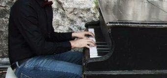 Ilir Gjeçbitriqi, muzikant i pasionuar