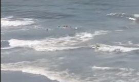Të hënë dhe të marten dallgë jo të vogla në plazhet e Ulqinit (video)