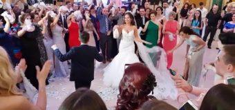 Në dasma, ahengje dhe  tubime tjera publike më së shumti mund të marrin pjesë 200 njerëz