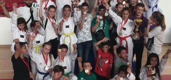 Taekwondo  Ulqini kthehet me tre trofe nga Podgorica
