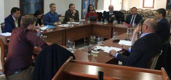 Nika me bashkëpunëtorë takohet me përfaqësuesit e Këshillit të Evropës