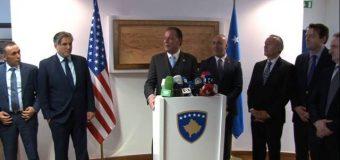 """Haradinaj dekoron Mark Gjonajn me medaljen 'Gjergj Kastrioti Skënderbeu'"""""""