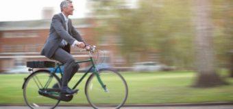 Pagë prej 25€ më shumë për ata që vijnë në punë me biçikleta