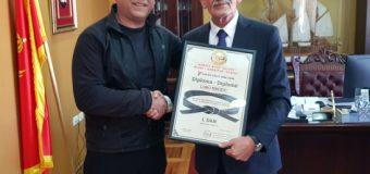 Klubi  i karatesë Ulqini i ndan Mirënjohje Kryetarit të  Ulqinit