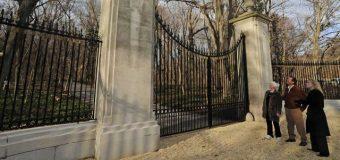 Kështjella e Zogut në Knollwood,  Long Island, NY Monument Kulture, mbrohet nga  shteti