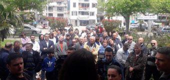 Forca  i bashkëngjitet protestës kundër devastimit të Pyllit të pishave