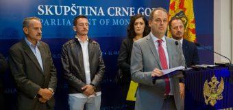 Probleme me punësim dhe përfaqësim të shqiptarëve në  komunat Plavë dhe Guci (video)
