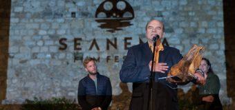 DELEGACIONI nga Bujar Alimani merr çmimin kryesor në edicionin e pestë të festivalit SEANEMA