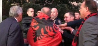 Nju Jork: Përplasje fizike mes mërgimtarëve tonë dhe stafit të regjisorit serb