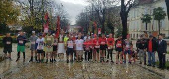 Me minutë heshtje starton Maratona e Pavarësisë Shkodër – Ulqin – Ja fituesit e këtij viti