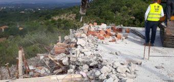 Në Zogaj të Ulqinit shëmbet objekti ilegal i Kishës serbe