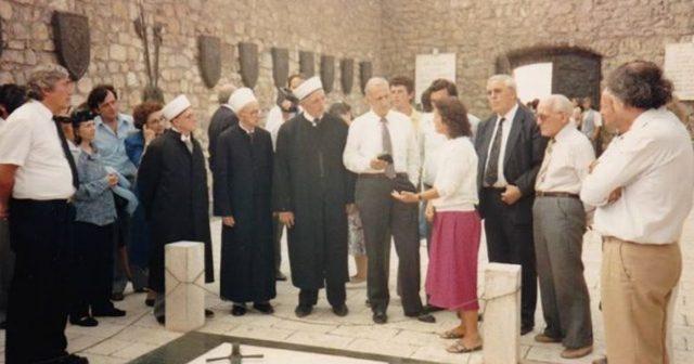 Kur imamët nga Amerika, bënë homazhe te Varri i Skënderbeut në Lezhë