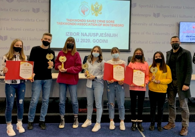Federata e Taekwondo-së së Malit të Zi i ndan 8 çmime për KT Ulqini