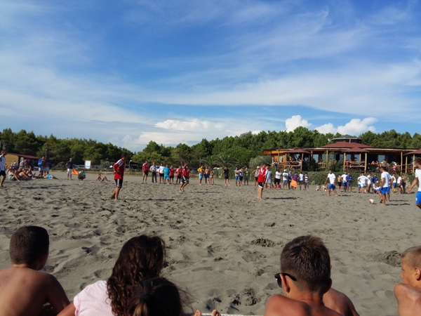 Shqiperi-ulqini-beach-soccer-1