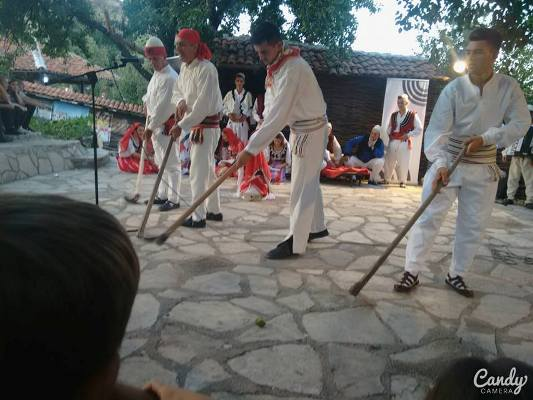 Tradita-ne-etnofest-kenga-jeho