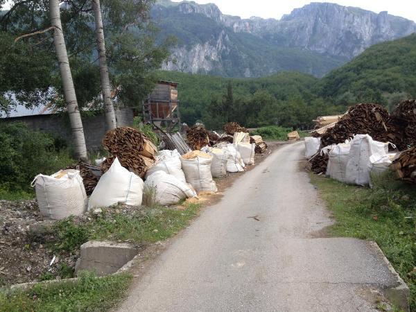 ndotja-fshatrave-shqptare-pale-guci-vuthaj-1