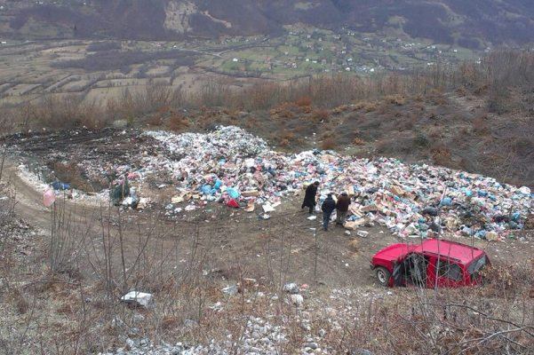 ndotja-fshatrave-shqptare-pale-guci-vuthaj