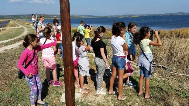 Femijet-shkollave-fillore-vizitone-kriporen-1