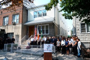 Detective Liu house mortgage paid. PICTURED widow Pei Xia Chen. The Stephen Siller Tower To Tunnels foundation pays of mortgage of fallen NYP detective Wenjian Liu. In addition, about $100K was invested in house renovation. The presser and ribbon cutting ceremony was held at 11AM Wednesday, September 2, 2015 outside Liu's family house at 1984 West 6th street in Gravesend section of Brooklyn. The Stephen Siller Tunnel To Towers chairman and CEO Frank Siller was joined by Detective Wenjian Liu's widow Pei Xia Chen and his parents Wei Tang Liu (father) and Xiu Tan Li (mother), including Maritza Ramos (widow of detective Rafael Ramos) and her son Jayden, in addition about 60 NYPD officers and officials including officers from 79th and 84th precinct. On December 20, 2014, Ismaaiyl Abdullah Brinsley (28) killed two on-duty New York City Police Department (NYPD) officers Wenjian Liu and Rafael Ramos inside their police cruiser in the Bedford–Stuyvesant neighborhood of the New York City borough of Brooklyn.
