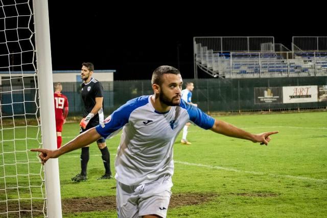 Futboll: Kristijan Vulaj i Deçiqit ftohet nga  perfaqesuesja e Malit te Zi
